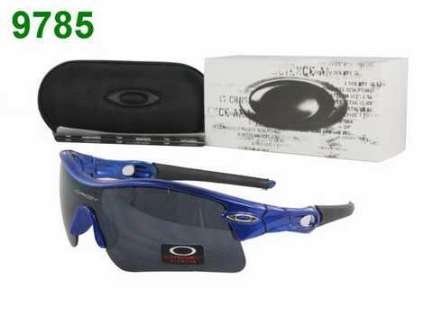 6d9eeaa5d90fa3 Ils ont développé des aliments pour chiens sains et nutritifs composés de  deux gammes de produits ,oakley lunette homme .