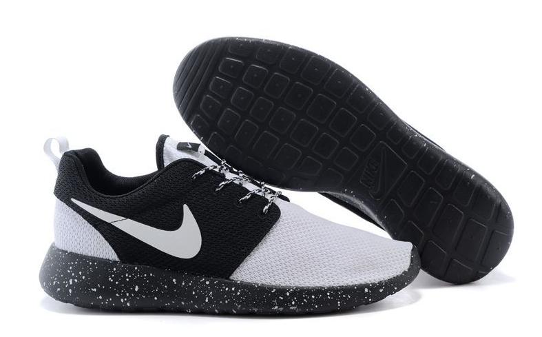 Nike Roshe Run Homme Baskets basses homme Nouvelle